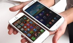 Samsung Galaxy S4 vs iPhone 5 vs HTC One vs Blackberry Z10